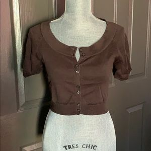 Small brown Mossimo button down crop sweater.